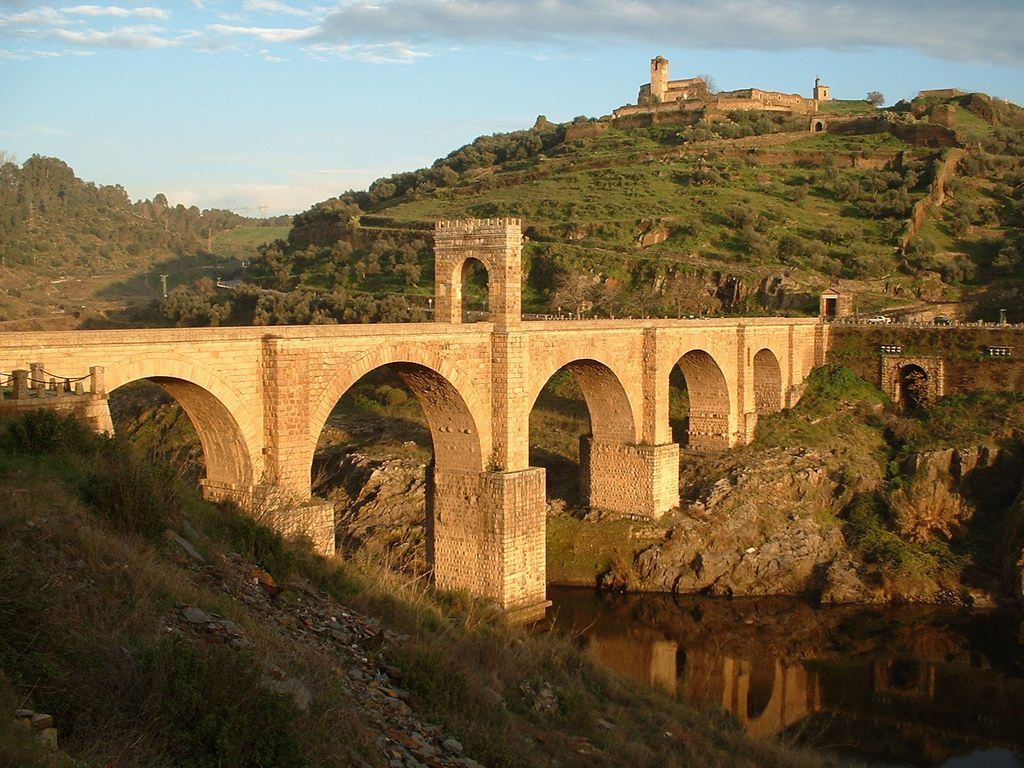 Алькантарский мост