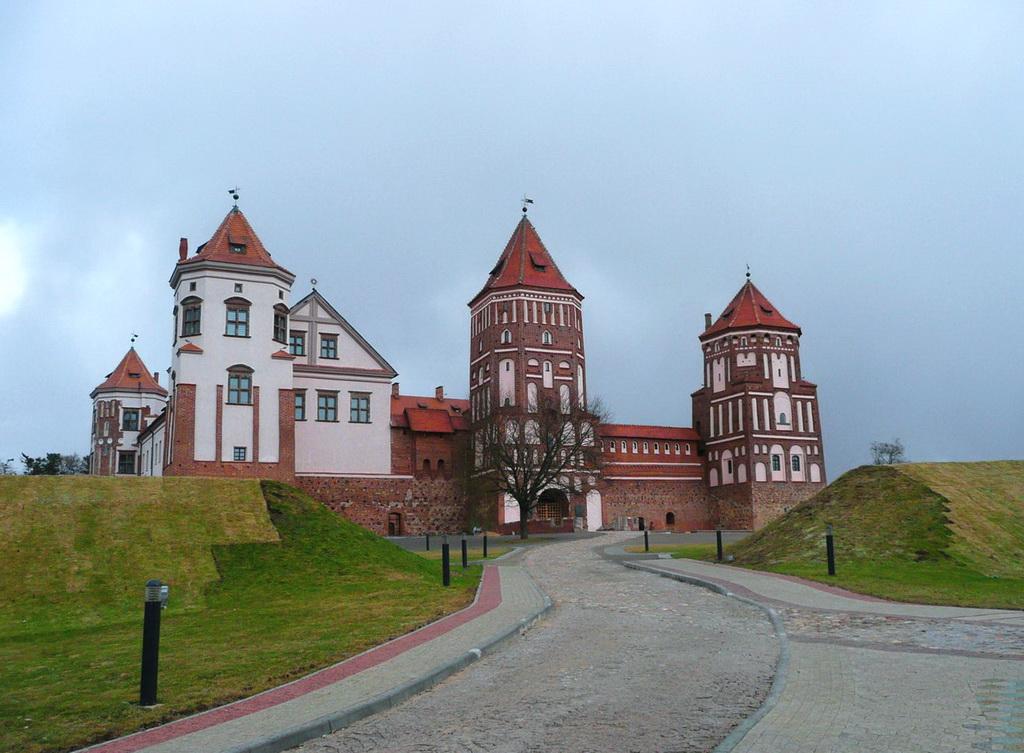 Мирской замок в Белоруссии