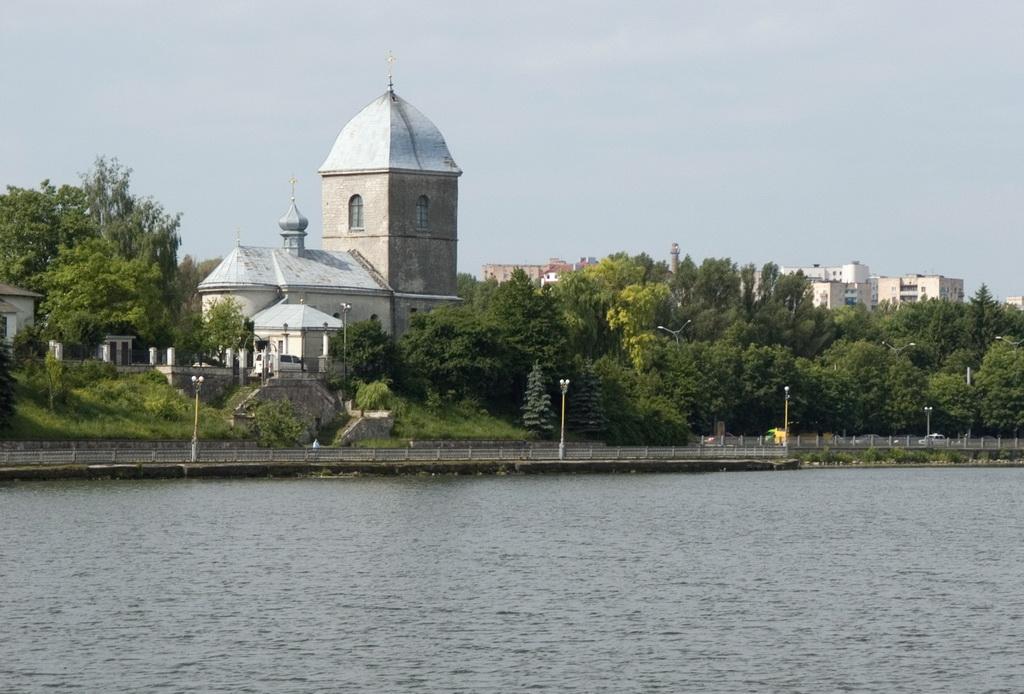 Воздвиженская церковь в городе Тернополь