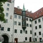 Замок Старый Двор в Мюнхене