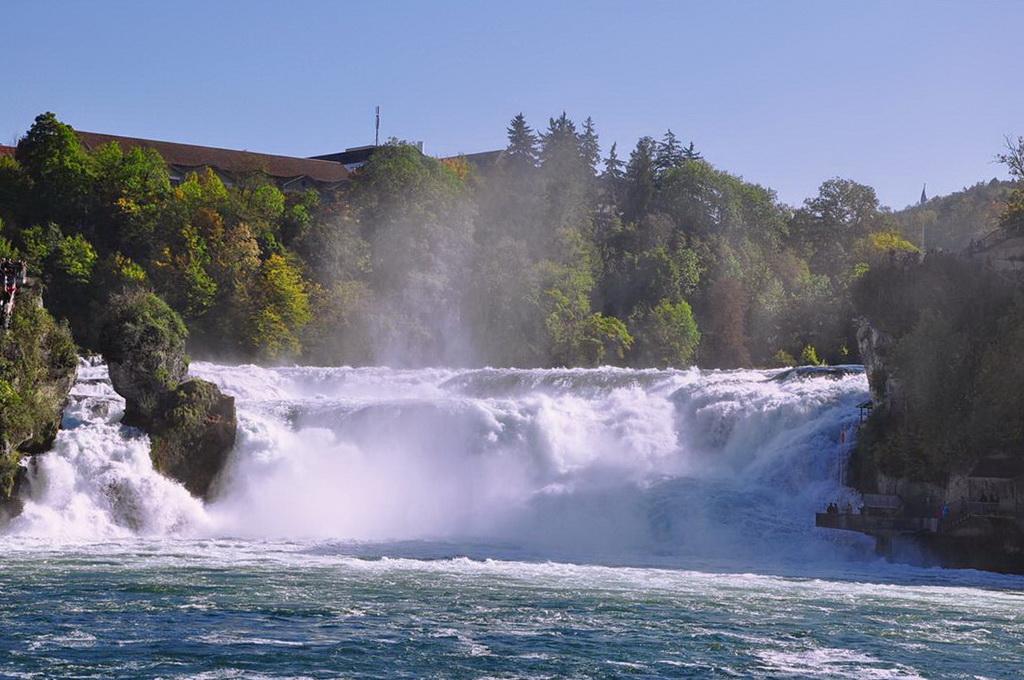 Картинки по запросу Рейнский водопад