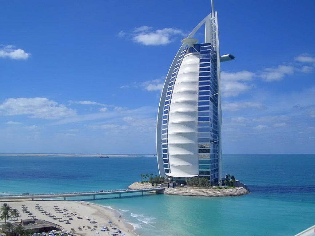 Отель «Бурдж эль Араб» в Дубаи