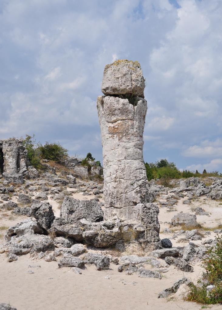 Высокая колонна