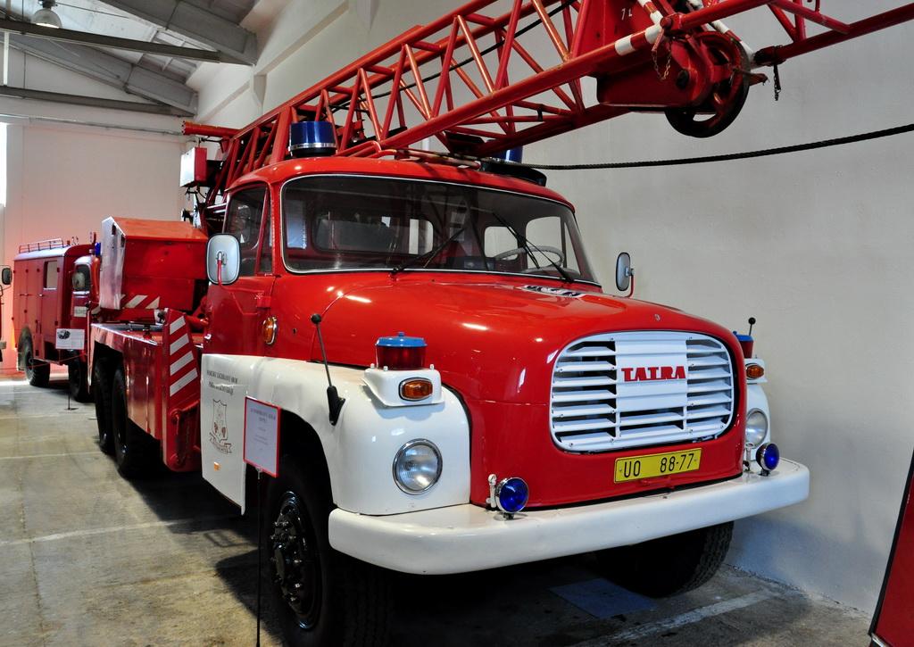 Пожарный автомобиль Татра