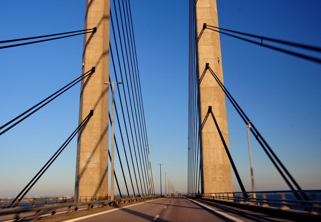 Опоры моста Эрессун
